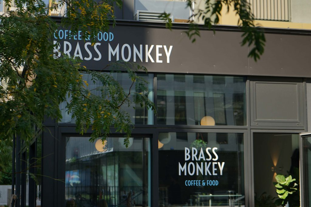 Brass Monkey 1030