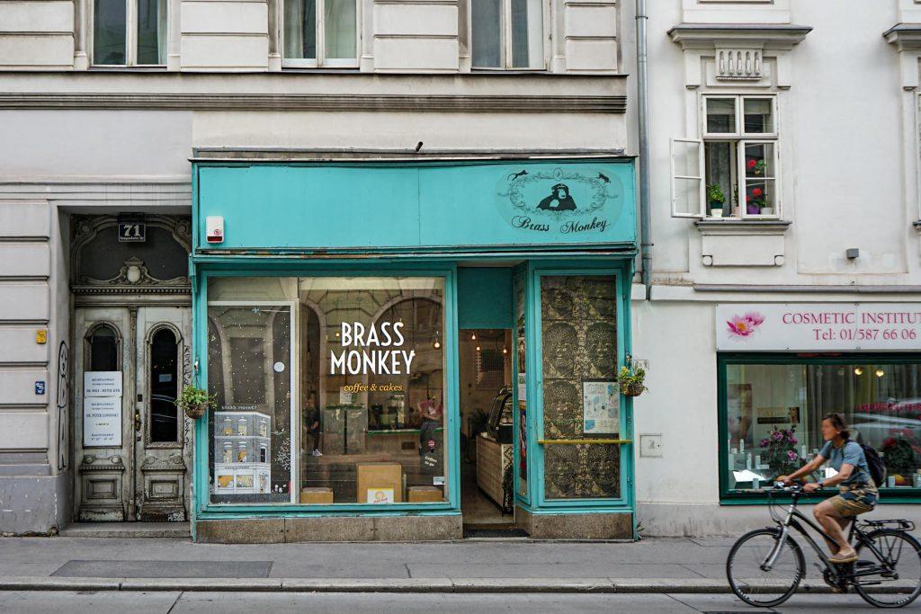 Brass Monkey 1060