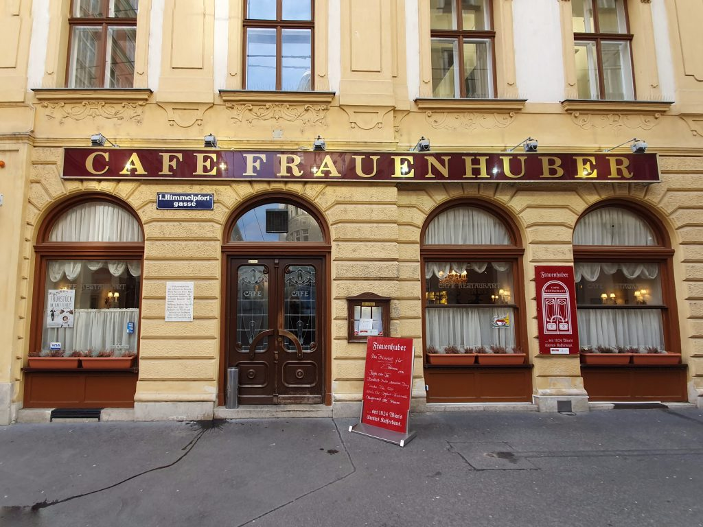 Außenansicht des Cafe Frauenhuber