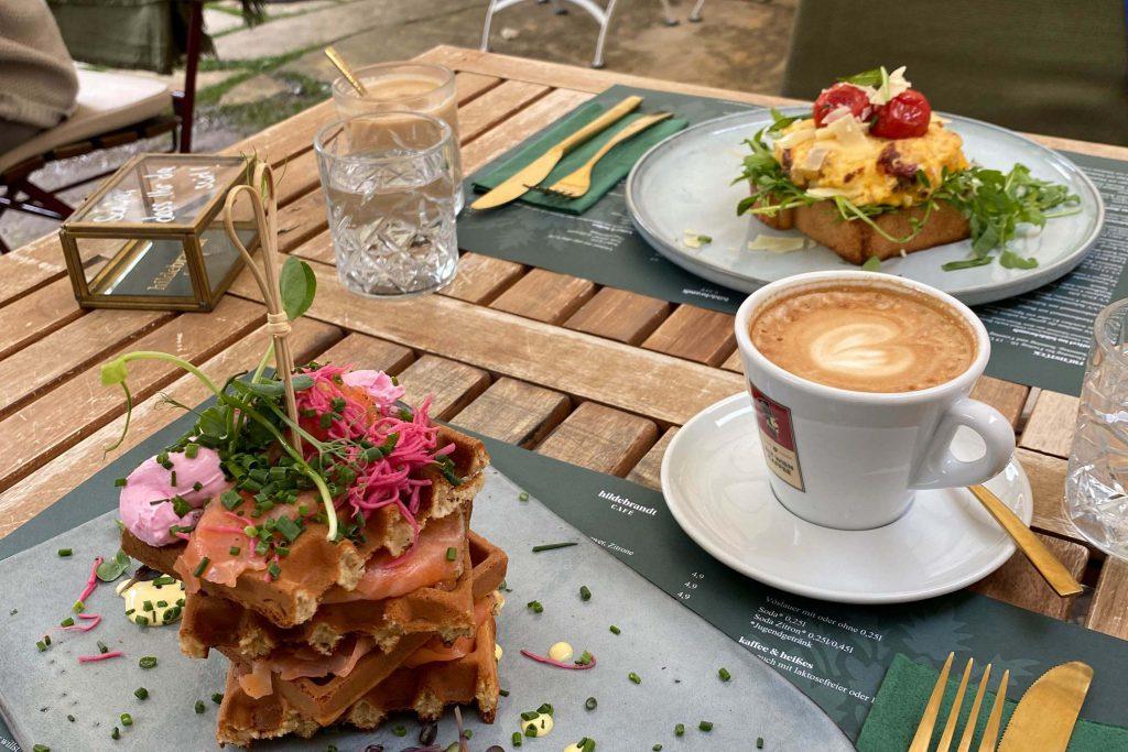 Hildebrandt Café Pancake Tower Frühstück