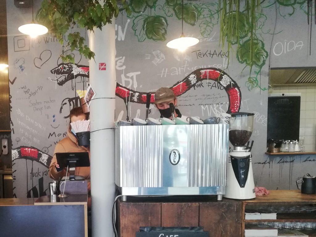 Wirr Café Bar